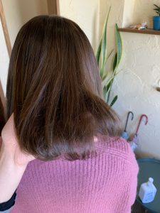髪質改善カラーエステ筋状の白い髪を明るめのカラーでなじませる〜群馬県前橋市の美容室〜